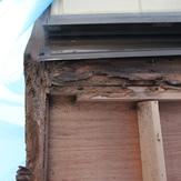 外壁サイドの柱の腐食