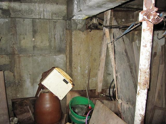 地下室の様子