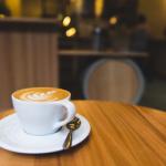 <空き家NEWS>20年前まで社宅だった空き家がいまどきのカフェ+シェアハウスに刷新!